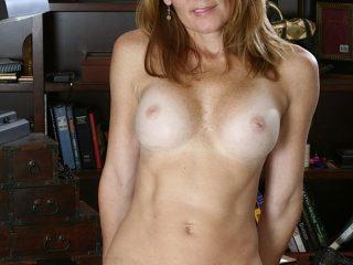 Mature vrouw naakt