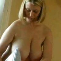 Echtgenote met grote tieten vindt anale sex heerlijk